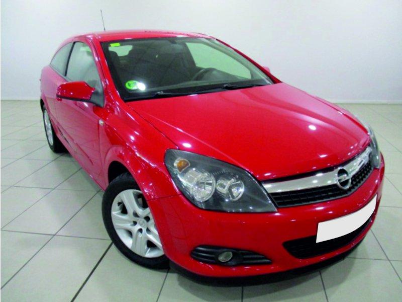 Opel Astra 1.6 16v GTC 111 Years