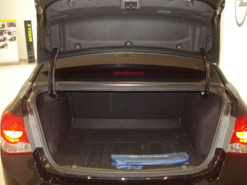 Chevrolet Cruze 1.6 I  Clima 4P LT+
