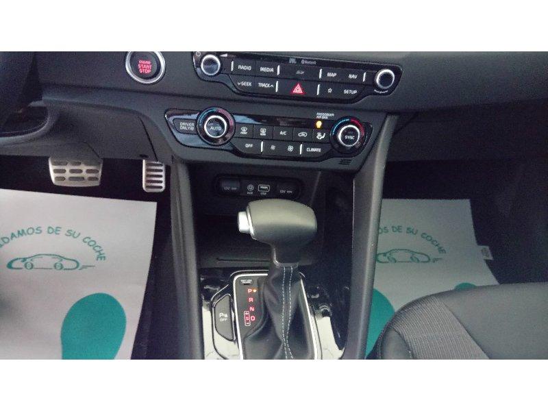 Kia Niro 1.6 HEV 77kW (105CV) Emotion