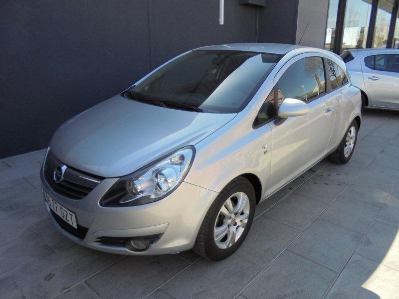 Opel Corsa 1.2I 85CV 111 Years