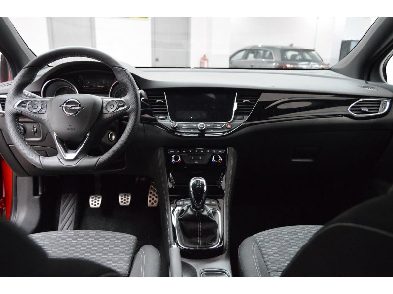 Opel Astra 1.6 CDTi GSi Line