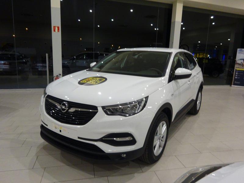 Opel Grandland X 1.6 CDTi 88Kw (120CV) Selective
