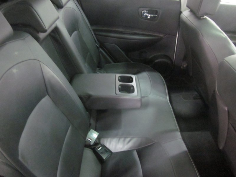 Nissan Qashqai 2.0 dCi 4x4 A/T 18 TEKNA SPORT