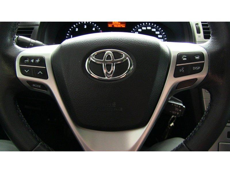 Toyota Avensis 150D Cross Sport Advance