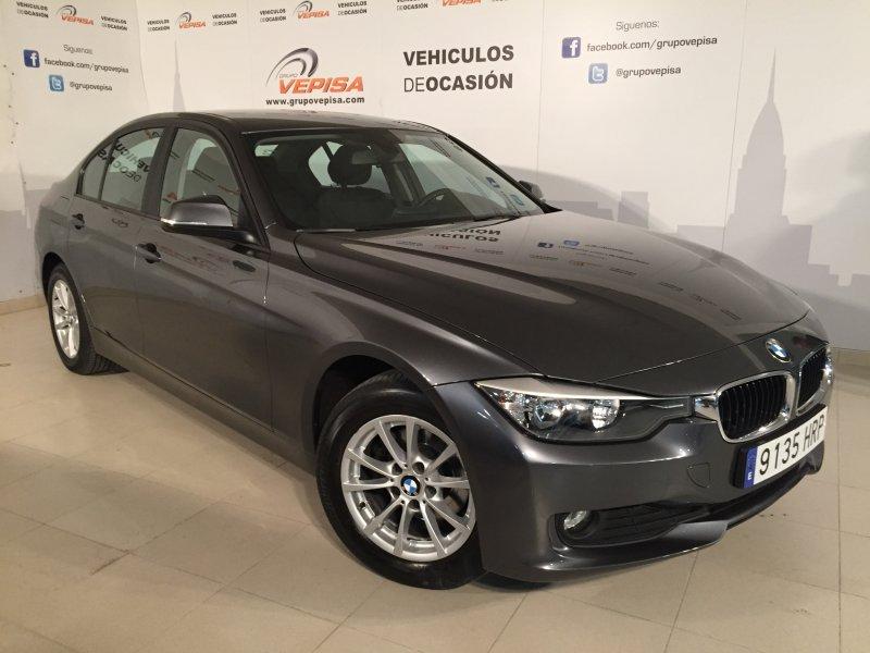 BMW Serie 3 318d Essential Edition