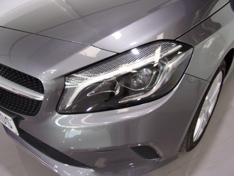 Mercedes-Benz Clase A A 200 d Urban