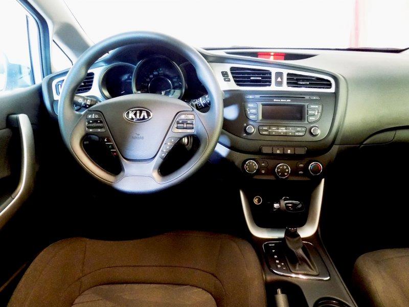Kia ceed Kia ceed 1.6 CRDi WGT 128cv Business Automático