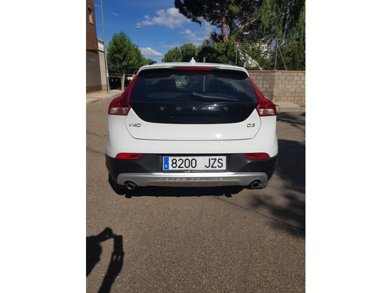 Volvo V40 Cross Country 2.0 D3 Momentum