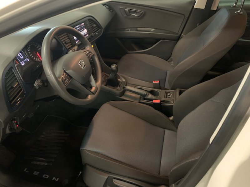 SEAT Nuevo León ST 1.6 TDI 110cv Reference Connect