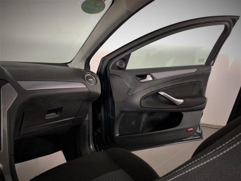 Ford Mondeo 2.0 TDCi 140cv DPF Titanium