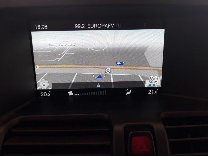 Volvo XC60 2.0 D3 Auto 150CV Momentum