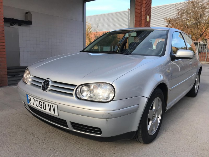 Volkswagen Golf 1.6 CONCEPTLINE