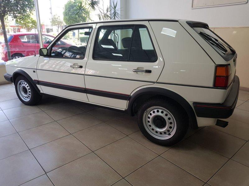 Volkswagen Golf 1.8 - 112CV GTI serie 2