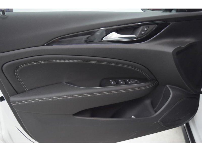Opel Insignia Sports Tourer 2.0 CDTI 170CV 4x4 COUNTRY