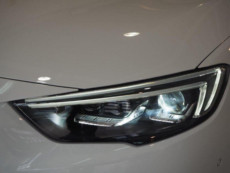 Opel Insignia 1.6CDTi 136 S&S AT6 Excellence