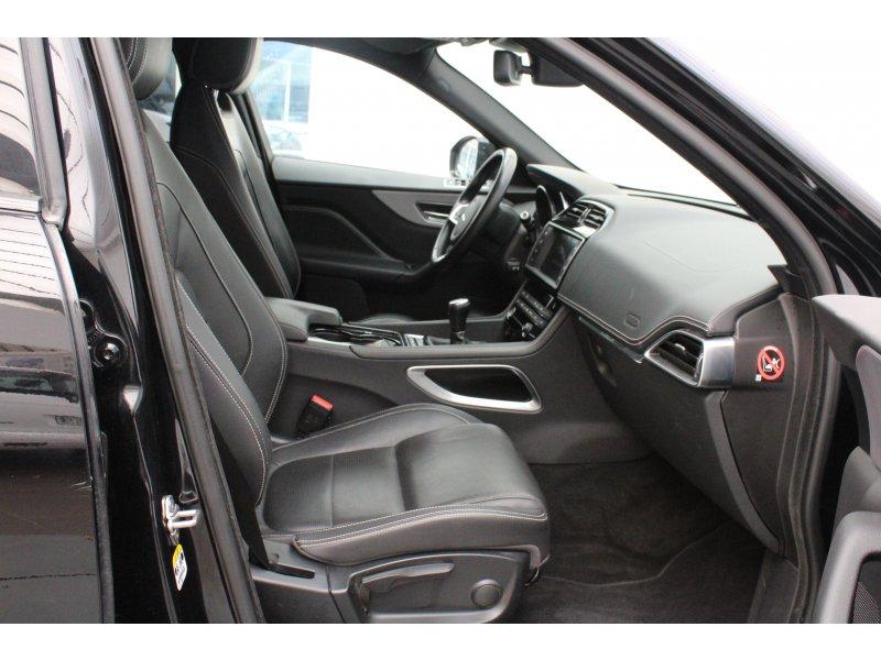 Jaguar F-Pace 2.0L i4D AWD Manual R-Sport