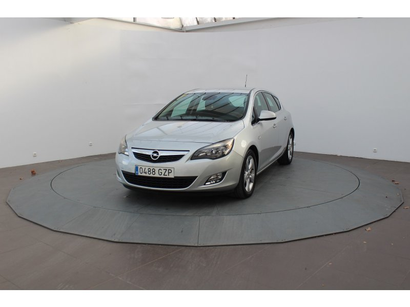 Opel Astra 1.9 CDTi 150 CV Cosmo