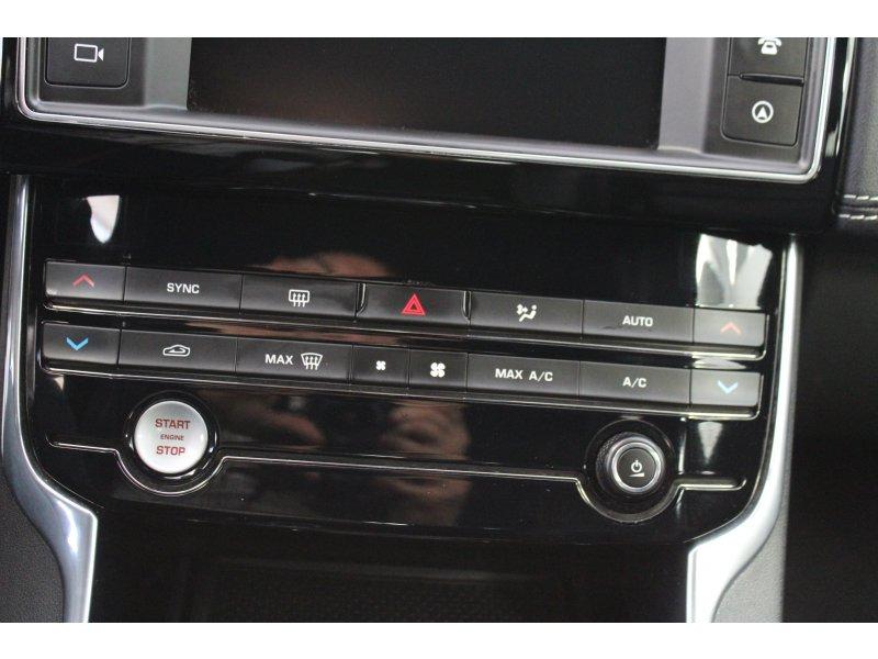 Jaguar XE 2.0 AJ200D Diesel RWD 180cv R-Sport