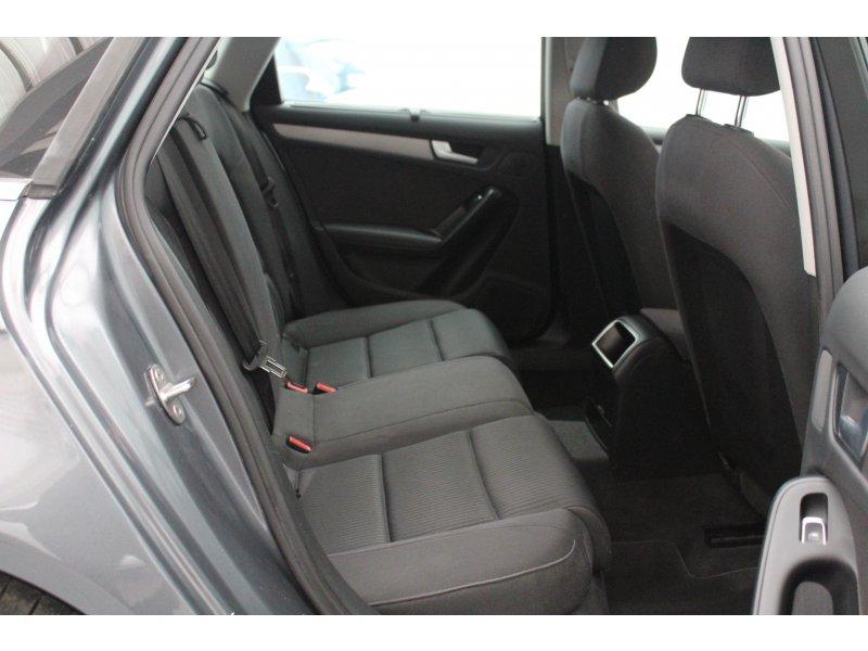 Audi A4 Avant 2.0 TDI 136cv S line edition
