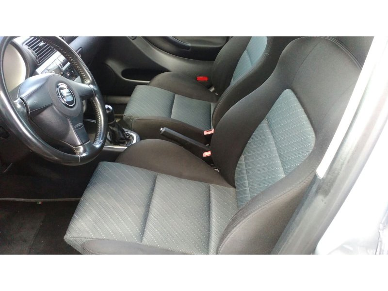 SEAT León 1.9 TDi 110CV SIGNA
