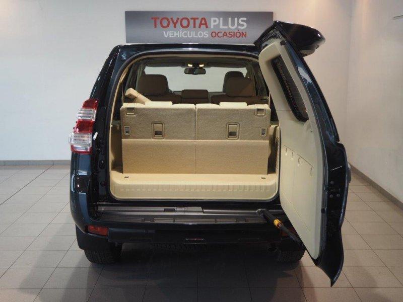 Toyota Land Cruiser 2.8 D-4D AUTO VXL