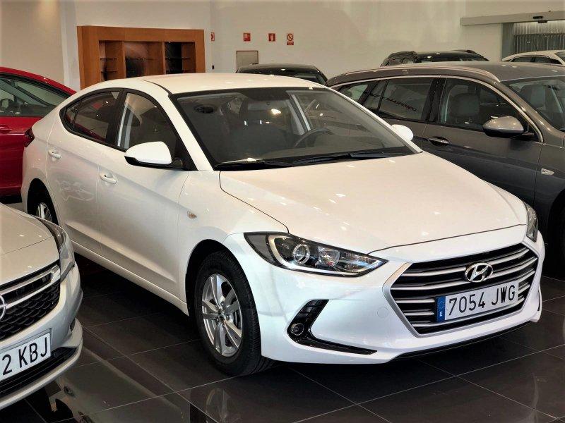 Hyundai Elantra 1.6 CRDi Klass