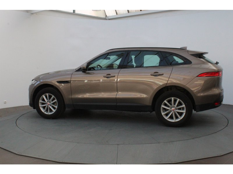 Jaguar F-Pace 2.0L i4D AWD Manual Pure