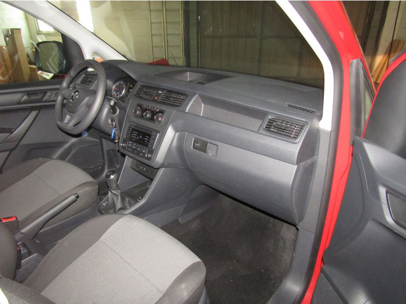 Volkswagen Caddy 2.0 TDI SCR BMT 75CV Kombi BUSINES