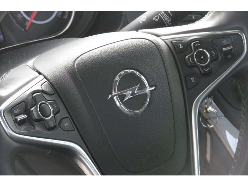 Opel Insignia 2.0 CDTI 96 kW(130 CV) Auto Selective