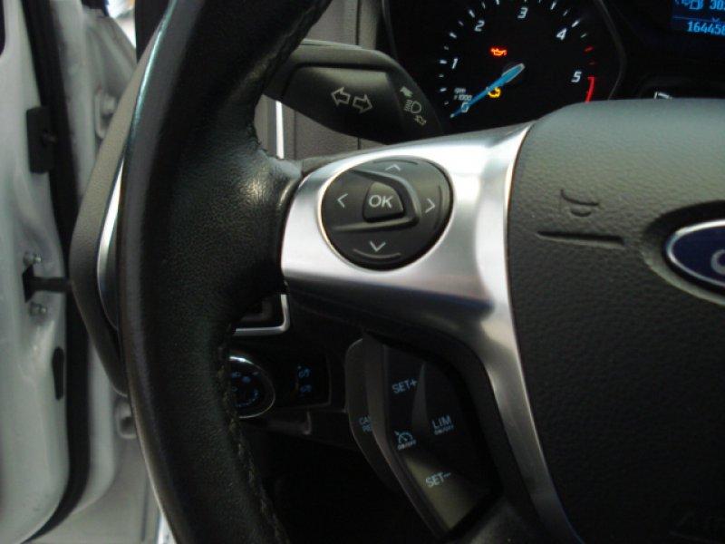 Ford Focus 1.6 TDCi 115cv 5P Trend