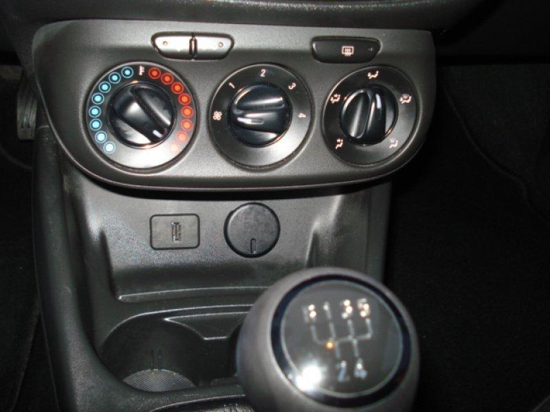 Opel Corsa 1.4 I 5P Expression