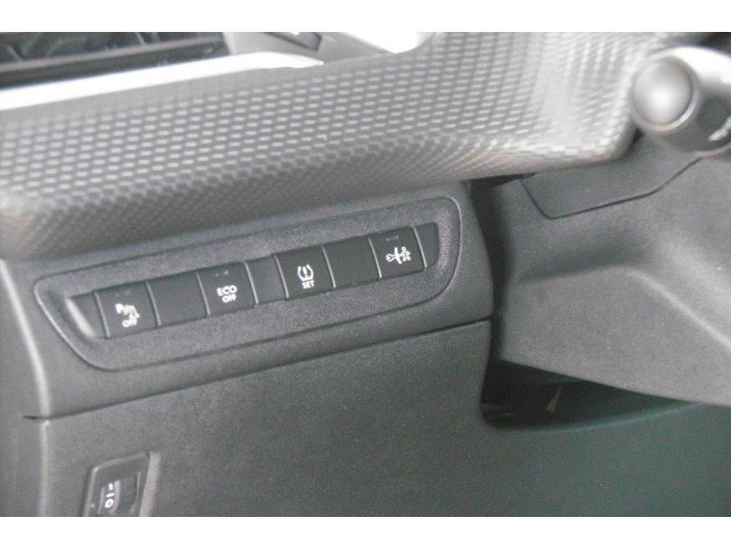 Peugeot 2008 1.6 e-HDi 84kW 115CV Allure