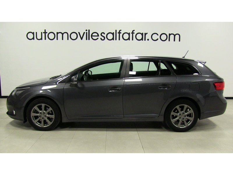 Toyota Avensis 150D Cross Sport Advance