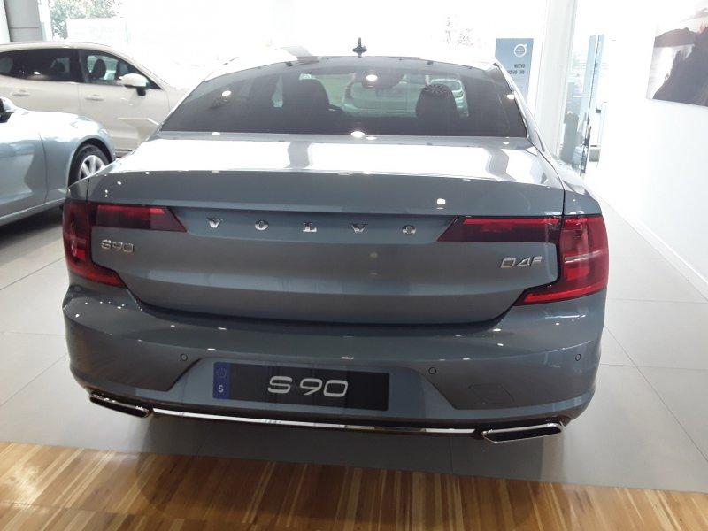 Volvo S90 2.0 D4 Auto 191 cv Inscription