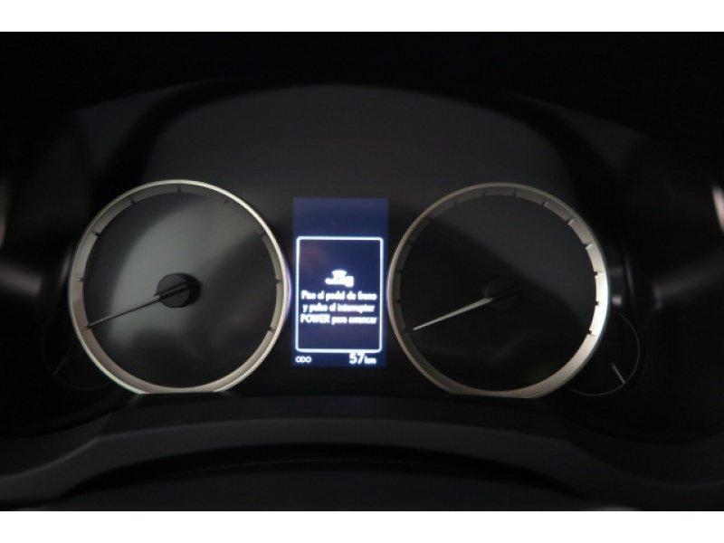 Lexus IS 2.5 300h Navibox Executive