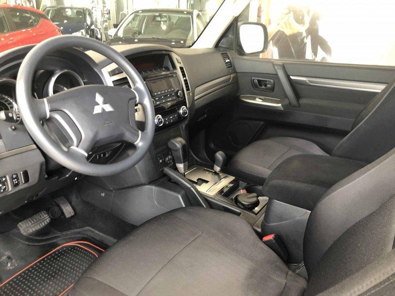 Mitsubishi Montero 3.2 DI-D Auto Spirit