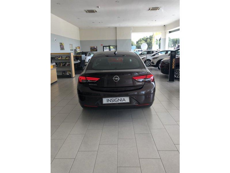 Opel Insignia 1.6 CDTi 100kW(136cv) S&S TURBO D Selective