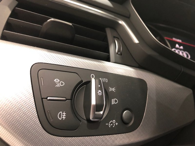Audi A4 Avant 1.4 TFSI S line edition
