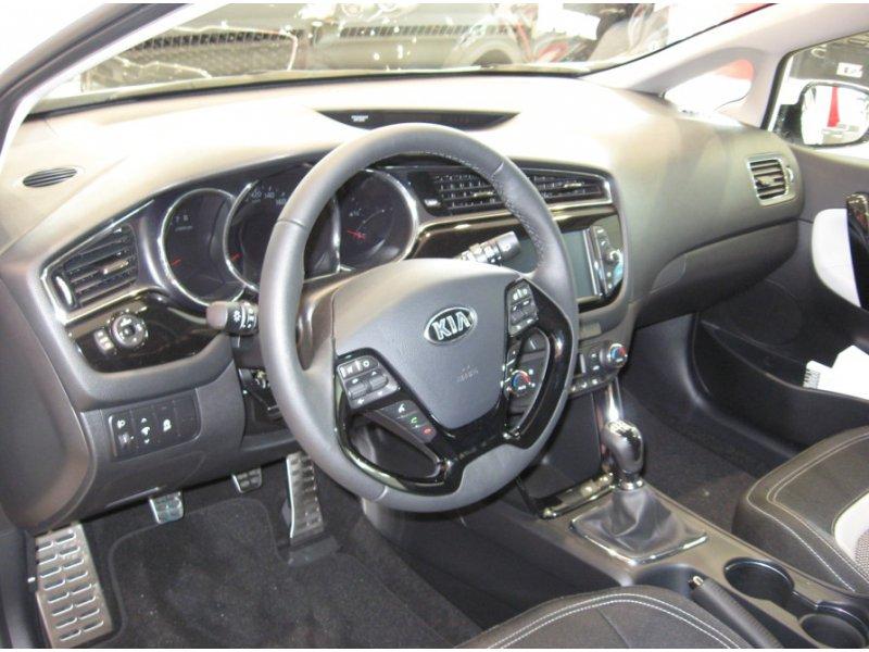 Kia ceed 1.0 TGDi 74kW (100CV) x-Tech17