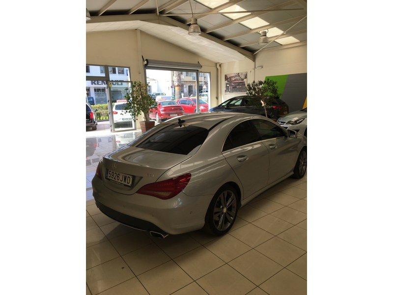 Mercedes-Benz 200 CLA 200 CDI