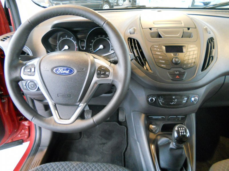 Ford Tourneo Courier 1.0 EcoBoost 100cv Ambiente