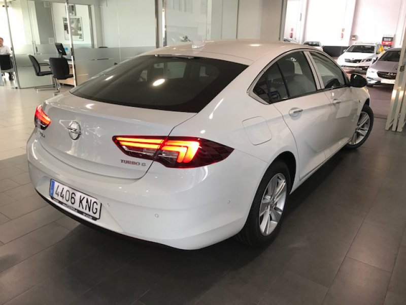 Opel Insignia 1.6 Turbo S/S 136 cv Excellence