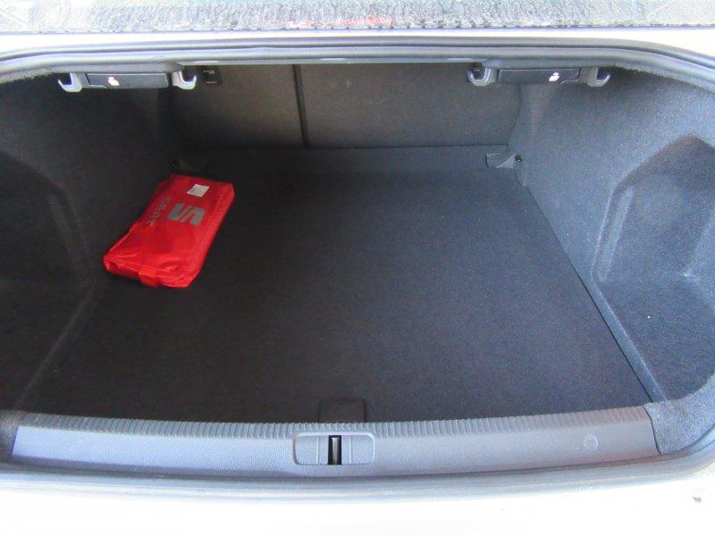 Volkswagen Passat 1.6 TDI 105cv BlueMotion