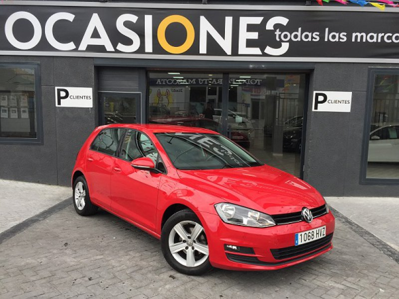 Volkswagen Golf 1.6 TDI 110cv Bluemotion Business & Navi