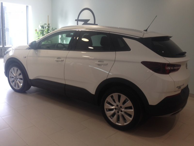Opel Grandland X 1.5 CDTi 130 CV Excellence