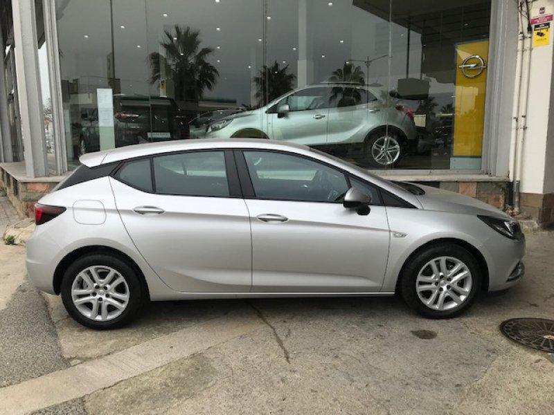 Opel Astra 1.6 CDTI 110 CV Business +