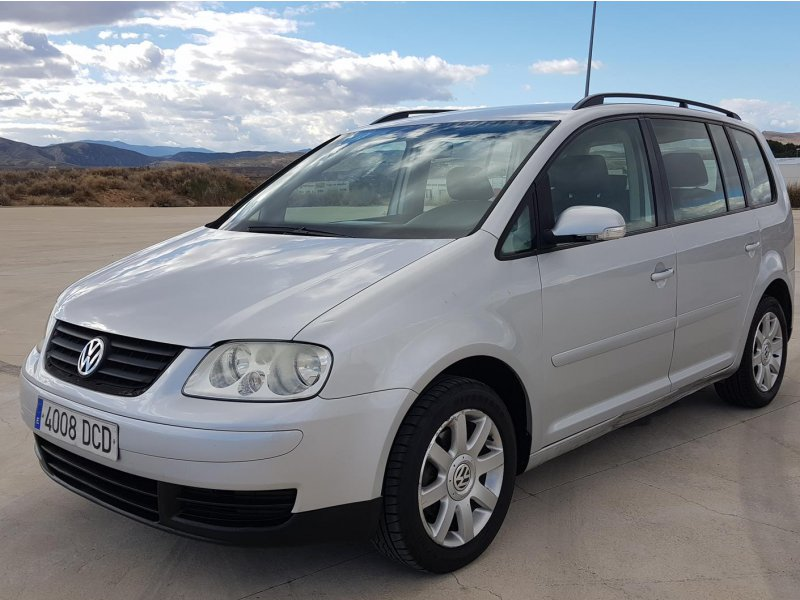 Volkswagen Touran 1.9 TDI ADVANCE Advance
