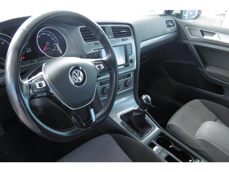 Volkswagen Golf 1.6 TDI 81 kW(110cv) Bluemotion Business & Navi