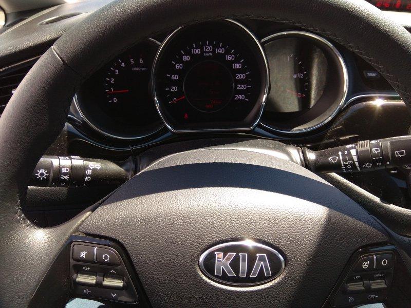Kia ceed 1.6 CRDi VGT 100kW (136CV) x-Tech17