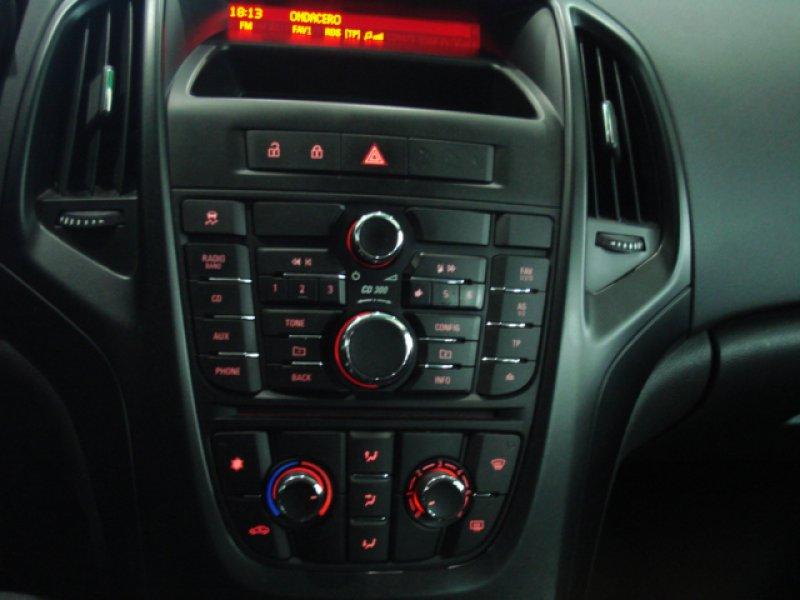 Opel Astra 1.4 I 100 CV 5P ENJOY